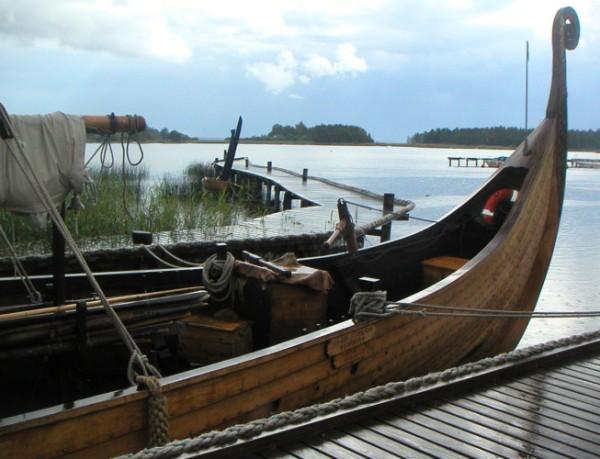Sigrid Storrada akter - Gumsviken harbour