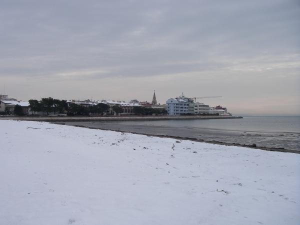 Grado Schnee am Strand