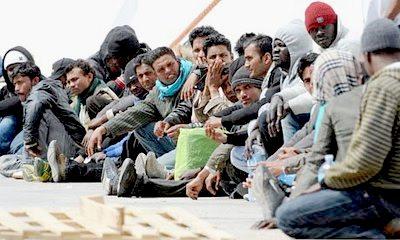lampedusarefugees-11
