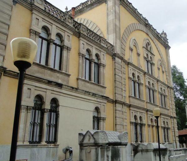 """Die Yeni-Moschee (""""Neue Moschee""""), die von der Dönmeh-Gemeinde während der Osmanenzeit in Salonika erbaut wurde"""