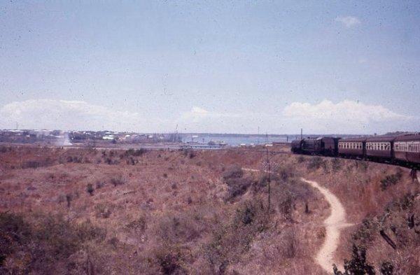 Eisenbahn von Kenia nach Mombasa, 1958.