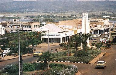 Kisumu am Viktoriasee vor der Unabhängigkeit 1963 war nicht unähnlich irgendeiner ländlichen US-Stadt dieser Zeit.
