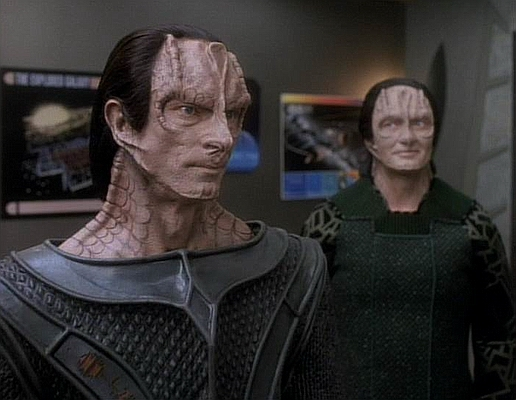 "Cardassianer: Gul Dukat und Garak in ""Deep Space Nine"""