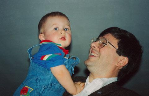 Kevin Alfred Strom und Sohn 1993.