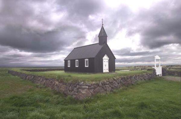 2f Iceland Church