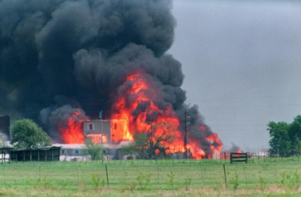Amoklaufende Polizei: das Massaker in Waco, Texas, vom 19. April 1993
