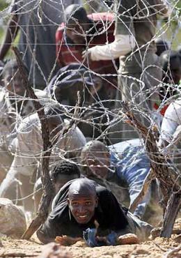 Zimbabwer verlassen ihr Land