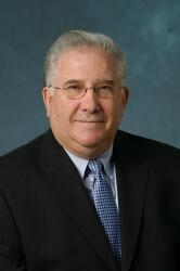 Hyman Brown, kaffeekochender Experte, der uns 9/11 erklärt