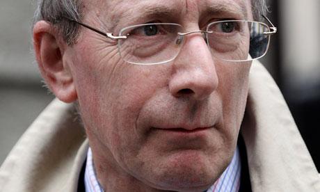 Überwacht die Mehrheit: Sir Malcolm Rifkind, KCMG, QC, MP