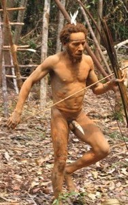 papua-tree-people-kombai-3