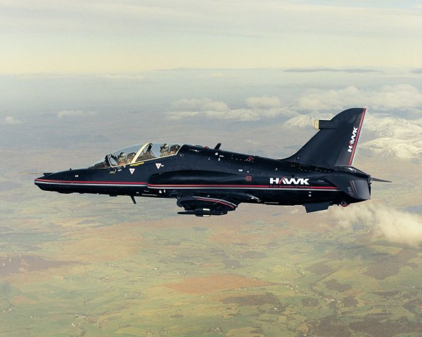 Hawk Advanced Fighter über den Pennines.