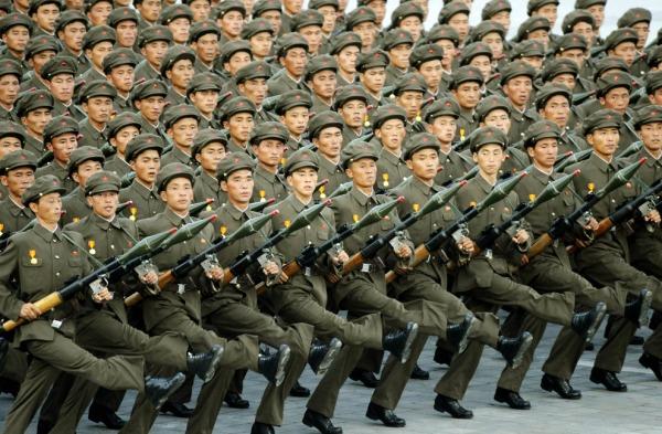 nordkorea-parade